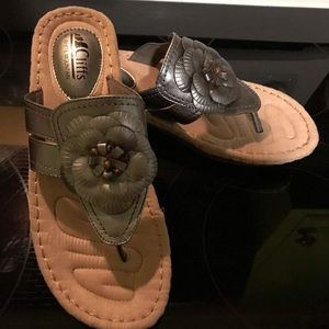 Cliffs by White Mountain sandals. Size 9.5. New!